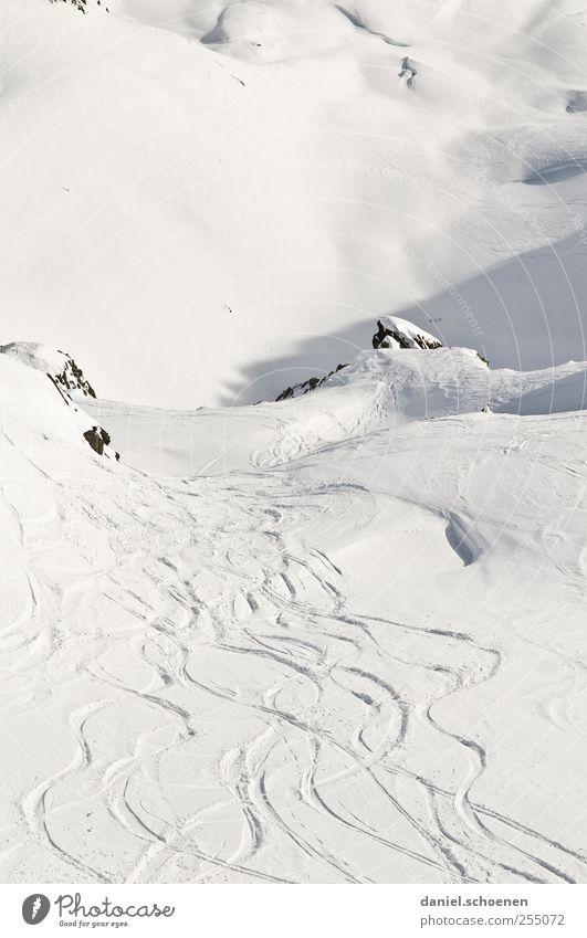 tja, schön wär`s !! Ferien & Urlaub & Reisen Tourismus Freiheit Winter Schnee Winterurlaub Berge u. Gebirge Skipiste Natur Landschaft Alpen hell weiß Schweiz