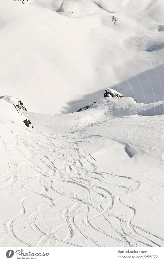 tja, schön wär`s !! Natur weiß Ferien & Urlaub & Reisen Winter Schnee Freiheit Landschaft Berge u. Gebirge hell Tourismus Alpen Spuren Schweiz Winterurlaub