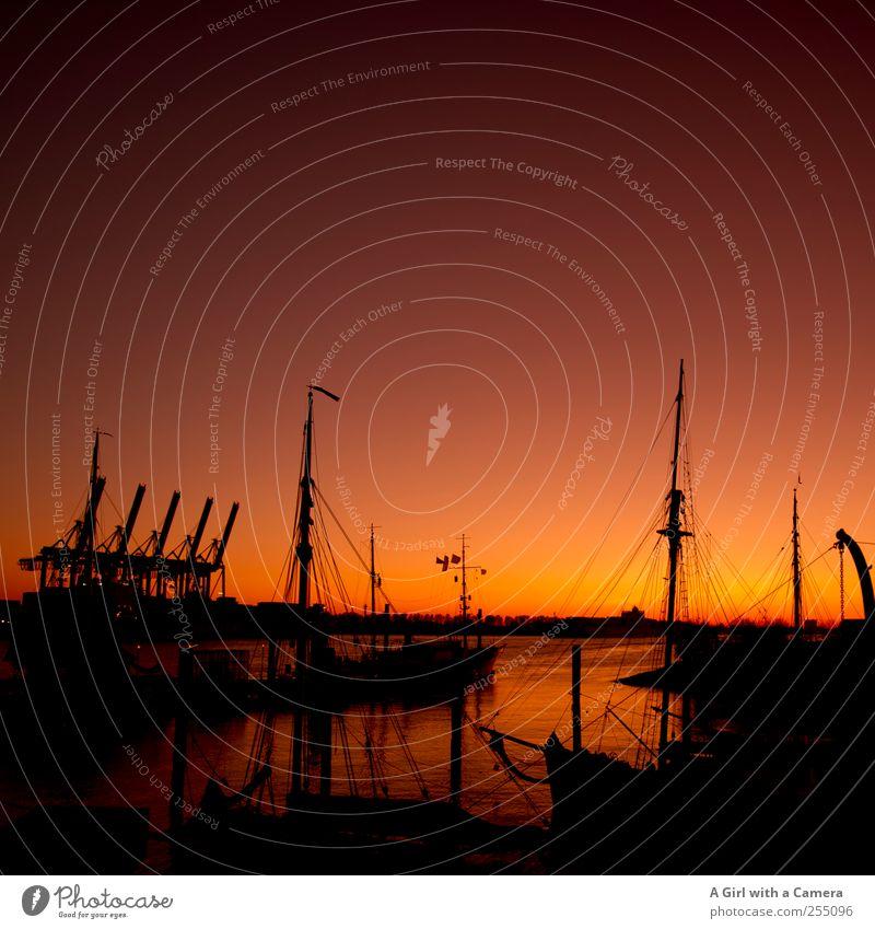 with time. Stadt schwarz Stimmung groß Hamburg Idylle Hafen Skyline Schifffahrt Kran Container Segel Mast Identität Originalität Segelschiff