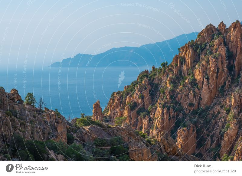 Westküste von Korsika Ferien & Urlaub & Reisen Tourismus Ausflug Ferne Freiheit Sightseeing Sommer Sommerurlaub Meer Berge u. Gebirge wandern Hügel Felsen Küste