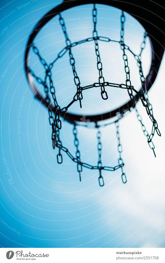Streetbasketball Korb Stadt Freude Gesundheit Lifestyle Leben Sport Spielen Freizeit & Hobby springen Park Erfolg laufen Fitness Kreis sportlich Sport-Training