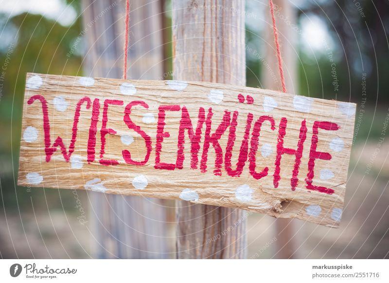Wiesenküche Sommer Freude Ferne Essen Lifestyle Lebensmittel Garten Spielen Feste & Feiern Tourismus Freiheit Freizeit & Hobby Ernährung Abenteuer genießen