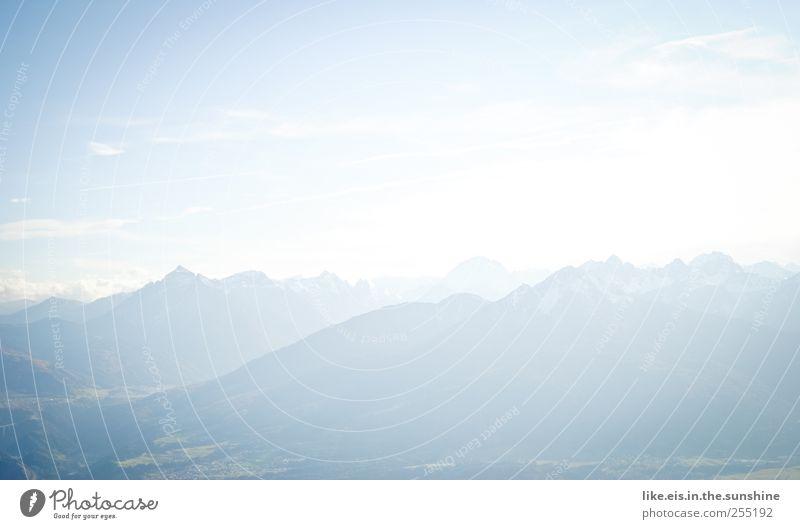 unaufdringlicher hintergrund. Natur blau Ferien & Urlaub & Reisen Sommer Ferne Herbst Freiheit Landschaft Berge u. Gebirge Luft Horizont Freizeit & Hobby hoch wandern Abenteuer Tourismus