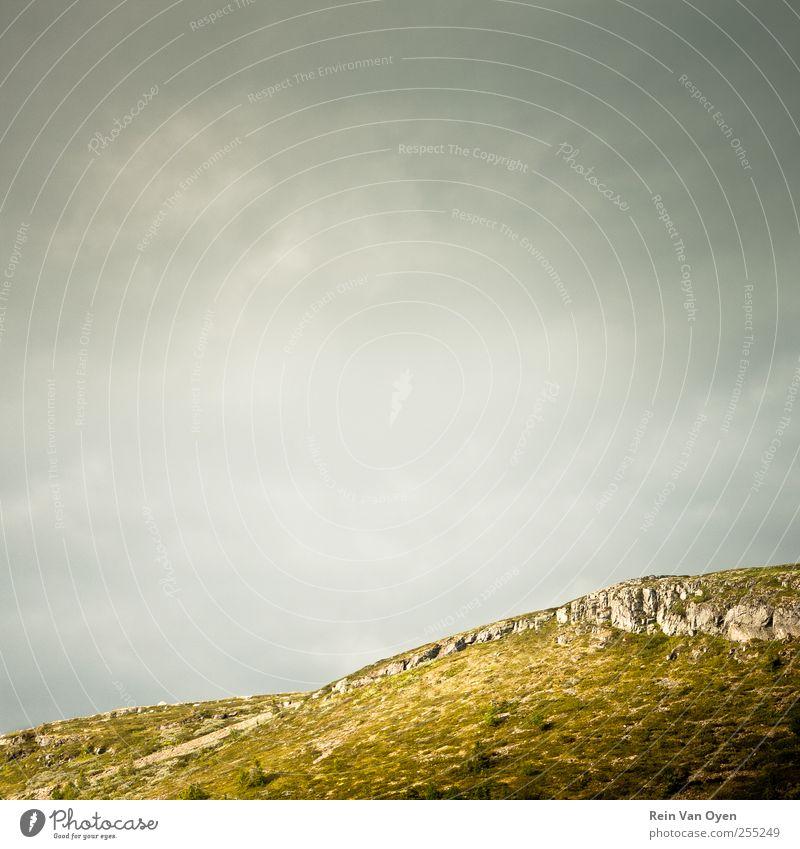 Horizonte Umwelt Natur Landschaft Himmel nur Himmel Wolken Hügel Felsen Berge u. Gebirge Stimmung ruhig Farbfoto Außenaufnahme Menschenleer Tag Sonnenlicht