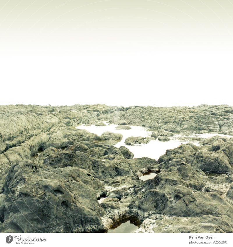 Himmel Natur Wasser blau grün weiß Strand ruhig Umwelt Landschaft grau Küste Traurigkeit träumen Horizont Felsen
