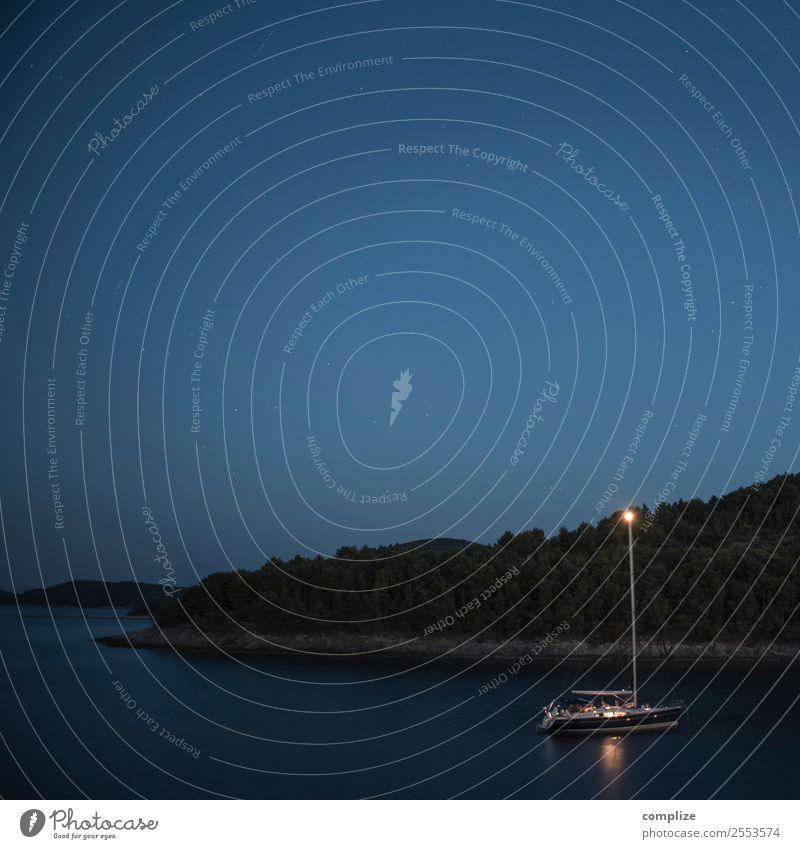 Übernachtung auf See Ferien & Urlaub & Reisen Tourismus Sommer Sommerurlaub Meer Insel Wellen Küste Seeufer Strand Bucht Schifffahrt Bootsfahrt Passagierschiff