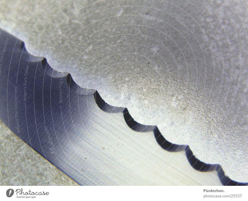 Echt scharf Küche Besteck Edelstahl geschnitten negativ Geschirr kochen & garen Ordnung glänzend Wellen Ernährung Gastronomie Haushalt Messer Metall
