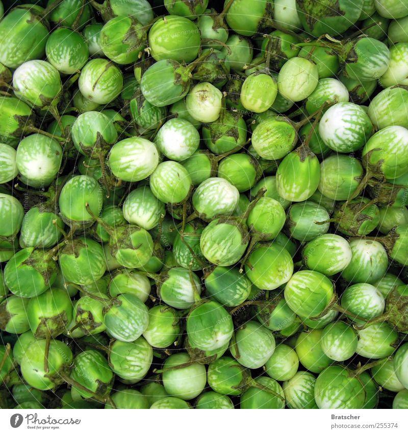 Für dich solls quietschgrüne Früchte regnen Frucht Gemüse Obstgarten Obstbau Abteilung Obstbaum Obstsalat Supermarkt entladen Schüttgut Ernährung Lebensmittel