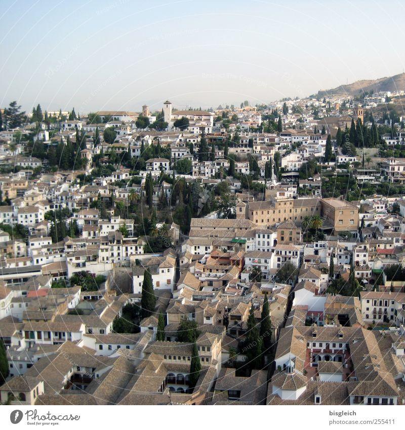 Granada Spanien Andalusien Europa Stadt Altstadt Haus Häusliches Leben alt Aussicht Farbfoto Außenaufnahme Menschenleer Textfreiraum oben Tag