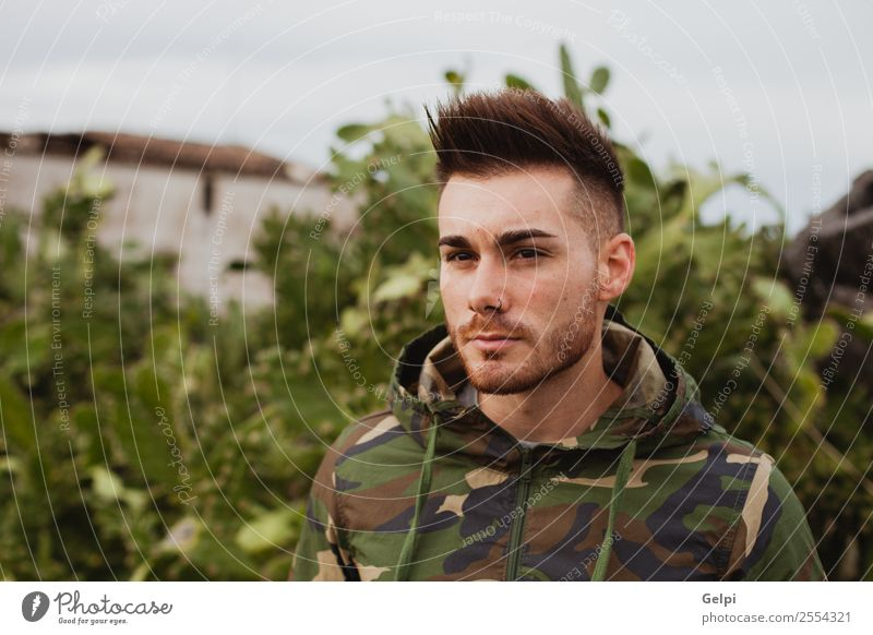 Natur Mann Pflanze Erotik Erholung Haus Lifestyle Erwachsene Stil Mode Ausflug Körper Aktion Beautyfotografie trendy Model