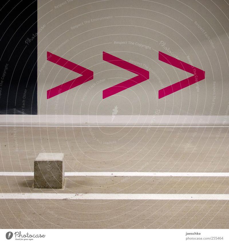 fffwd Verkehr Verkehrswege Straßenverkehr Beton Zeichen Schilder & Markierungen Hinweisschild Warnschild Verkehrszeichen rosa Design Fortschritt Idee innovativ