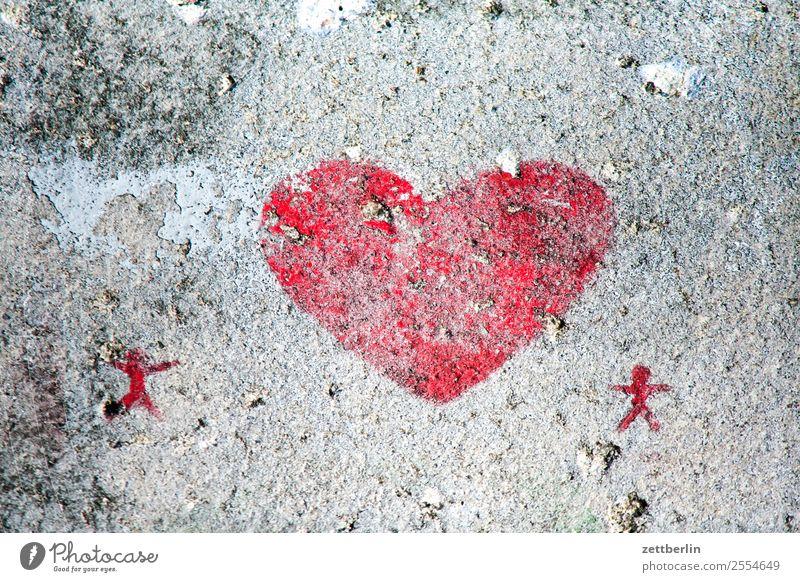 Herz Liebe Zusammensein Partnerschaft Paar paarweise Zuneigung Romantik Beton verwittert Farbe rot Straßenkunst Liebespaar 2 Grafik u. Illustration Zeichnung
