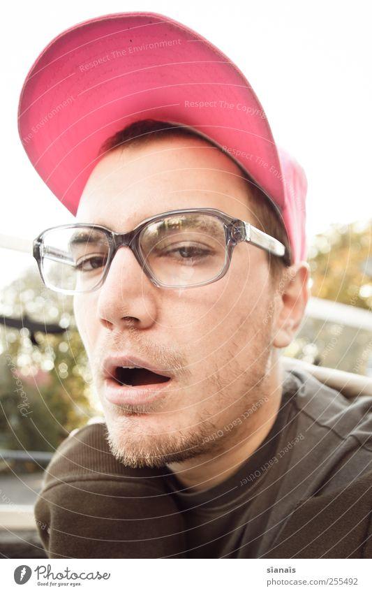 ja, ne, is klar Mensch Mann Jugendliche Erwachsene Gesicht Leben sprechen Stil rosa maskulin Lifestyle Coolness Brille 18-30 Jahre Mütze Müdigkeit