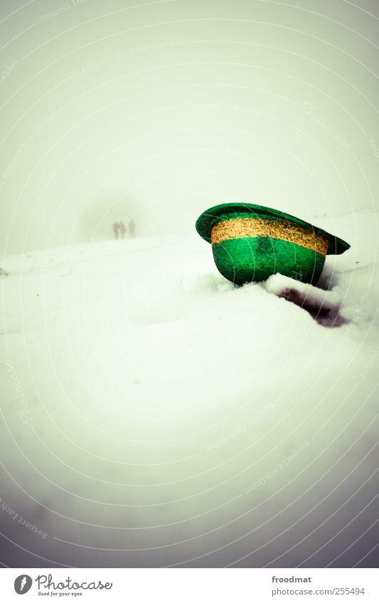 Für dich soll's bunte Hüte regnen Mensch Natur Freude kalt Schnee träumen Eis Feste & Feiern Nebel Ausflug Abenteuer Frost Silvester u. Neujahr Karneval Hut