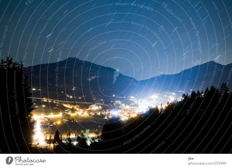 Gstaad, Saanenland Stil harmonisch Zufriedenheit Tourismus Freiheit Berge u. Gebirge Natur Urelemente Feuer Luft Himmel Wolkenloser Himmel Nachthimmel Stern