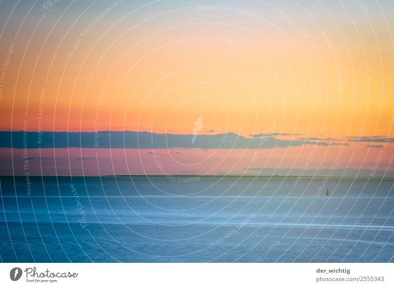 Sonnenuntergang an der Nordsee Umwelt Natur Landschaft Wasser Himmel Wolken Horizont Sonnenaufgang Herbst Schönes Wetter Küste Büsum Menschenleer Boje maritim