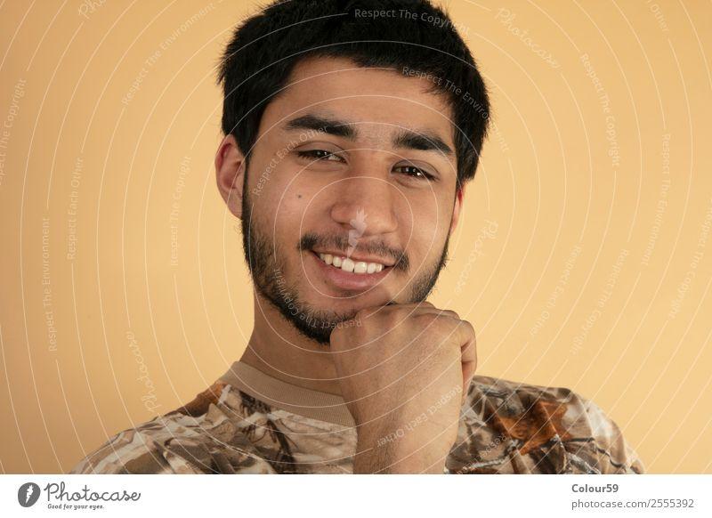 Lachender Mann Freude Glück schön Haare & Frisuren Gesicht Freizeit & Hobby Mensch Erwachsene 1 Mode Vollbart seriös schwarz Portrait jung Hintergrundbild