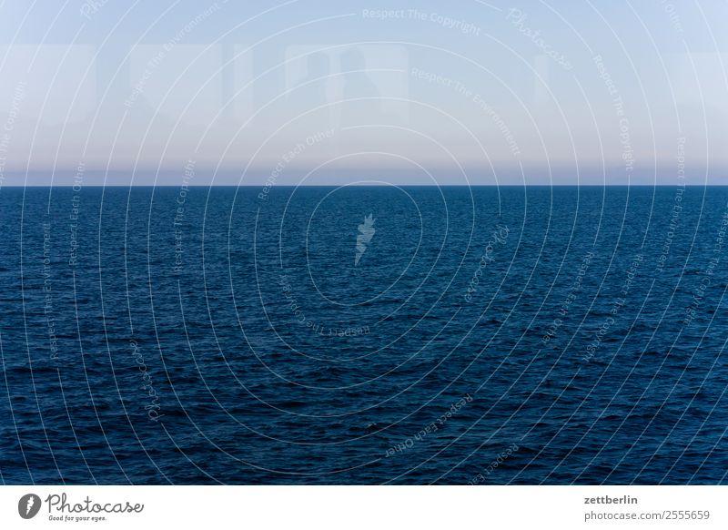 Horizont Himmel Natur Ferien & Urlaub & Reisen Himmel (Jenseits) Wasser Landschaft Meer Wolken Reisefotografie Textfreiraum See Wasserfahrzeug Europa Sehnsucht