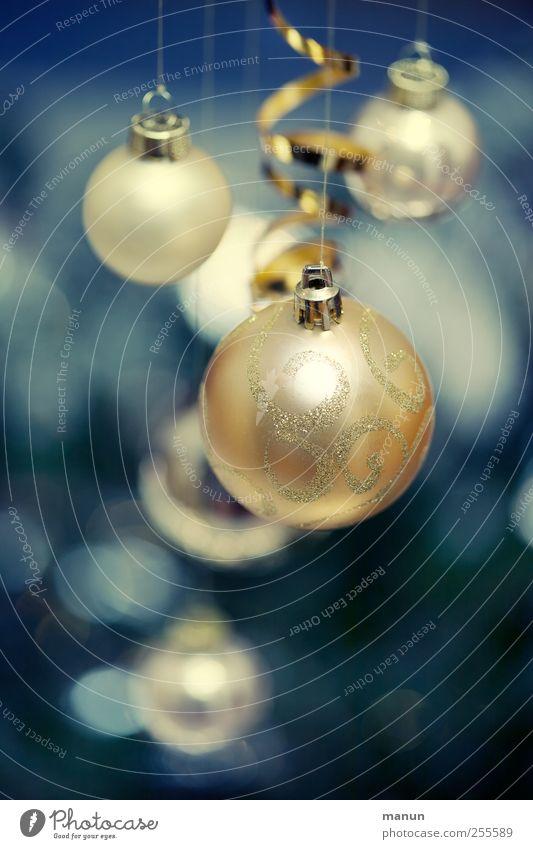 Christbaumkugeln Feste & Feiern Weihnachten & Advent Zeichen Kugel Weihnachtsdekoration blau gold festlich Farbfoto Innenaufnahme Menschenleer