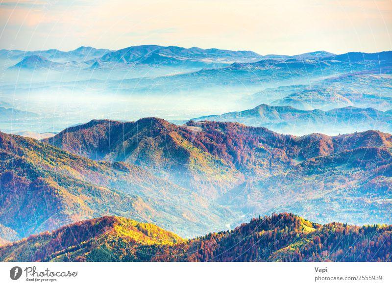 Landschaft mit bunten Gebirgszügen schön Ferien & Urlaub & Reisen Tourismus Ausflug Abenteuer Ferne Freiheit Sommer Sonne Berge u. Gebirge wandern Umwelt Natur