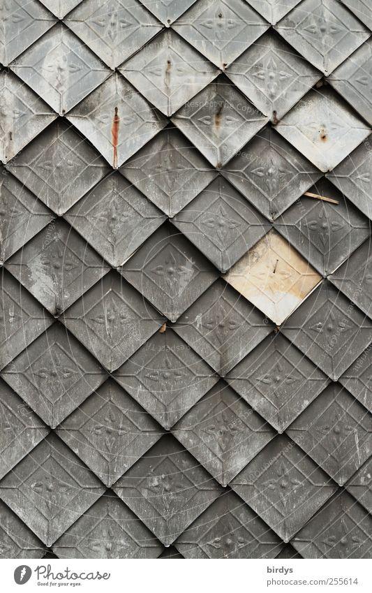 Antike Blechschindeln Mauer Wand alt ästhetisch grau silber Kunst Nostalgie Stil Symmetrie Wandel & Veränderung Wandtäfelung Linie Prägung viele Quadrat antik