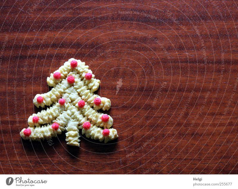 oh Tannenbaum... Weihnachten & Advent schön rot Freude gelb Holz außergewöhnlich Lebensmittel braun Stimmung liegen ästhetisch Ernährung Tisch Lebensfreude einzigartig