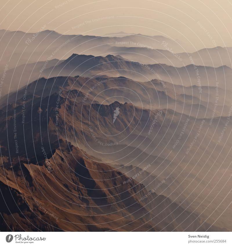 the Sea of Fog III Landschaft Erde Alpen Berge u. Gebirge Gipfel blau braun gelb erhaben Unendlichkeit Strukturen & Formen Gedeckte Farben Luftaufnahme