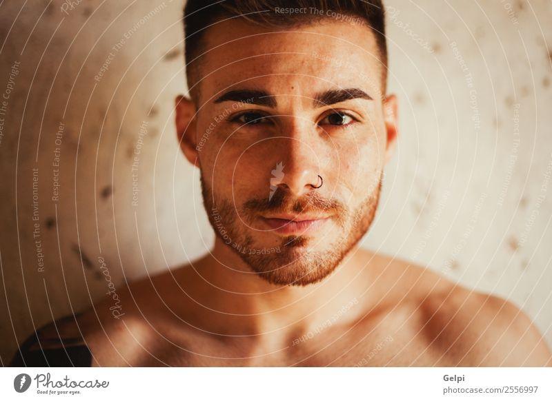 Attraktiver Kerl Lifestyle schön Körper Sport Mensch maskulin Junge Mann Erwachsene Mode Tattoo Vollbart Fitness Erotik muskulös nackt stark weiß Kraft
