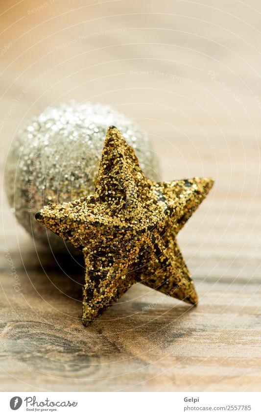 Weihnachtsdekoration Freude Glück schön Winter Dekoration & Verzierung Feste & Feiern Weihnachten & Advent Holz Ornament glänzend hell neu gold rot weiß Farbe