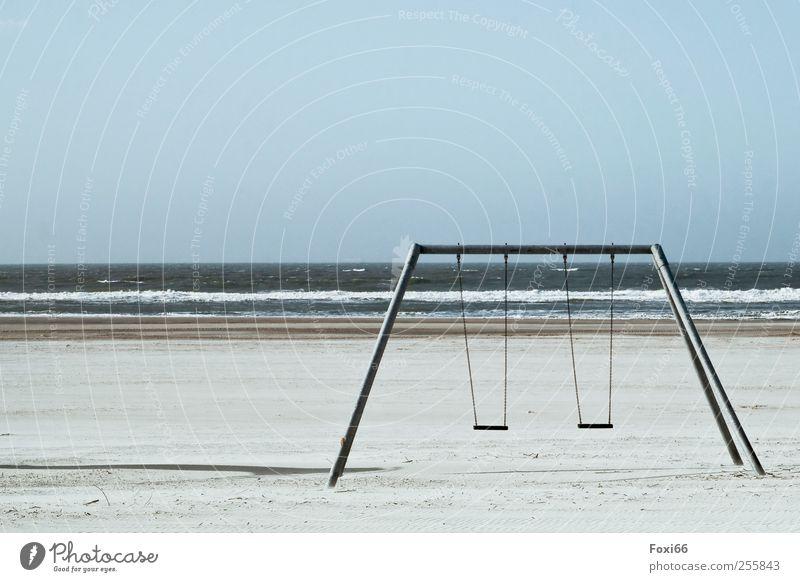 Spiekeroog *Strandschaukel II* Himmel blau Wasser weiß ruhig Umwelt Spielen grau Bewegung Sand Küste Metall Horizont Wind Freizeit & Hobby