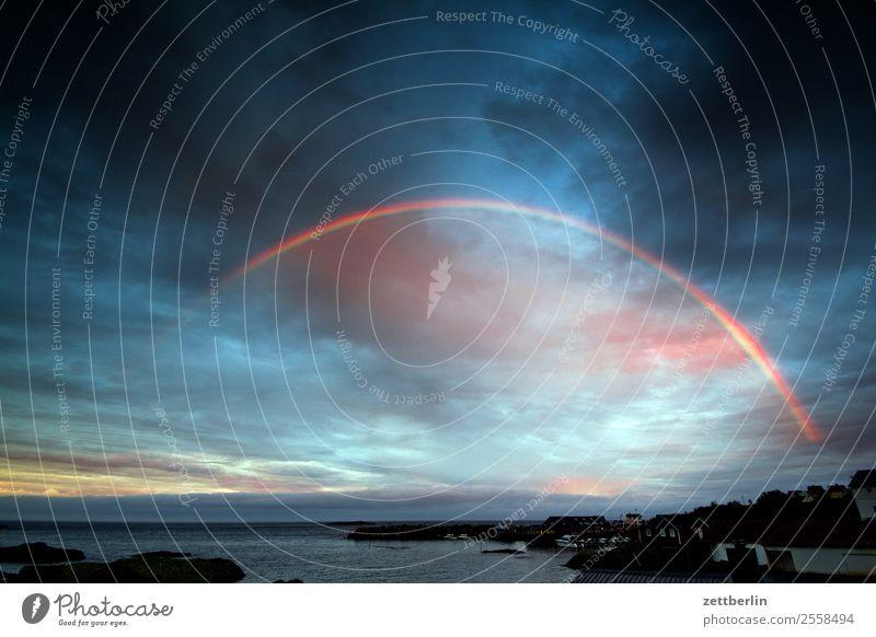 Regenbogen in Å am Åbend Abend Polarmeer Europa Ferien & Urlaub & Reisen Fjord Himmel Himmel (Jenseits) Horizont Insel Landschaft maritim Meer Natur Norwegen