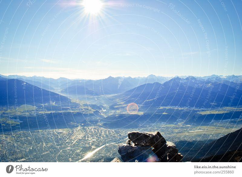 guten morgen, innsbruck! Erholung ruhig Ferne Freiheit Berge u. Gebirge Landschaft Wolkenloser Himmel Sonne Herbst Schönes Wetter Hügel Felsen Alpen Gipfel