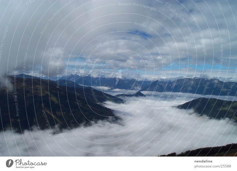 Bergnebel Nebel Morgen Wolken Gipfel Berge u. Gebirge Morgendämmerung Himmel Spitze