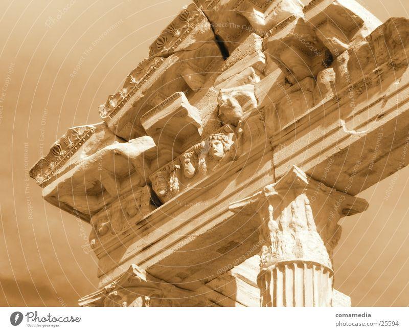 Antike Bauten antik Griechenland Mensch Architektur Säule Serpia Auschnitt