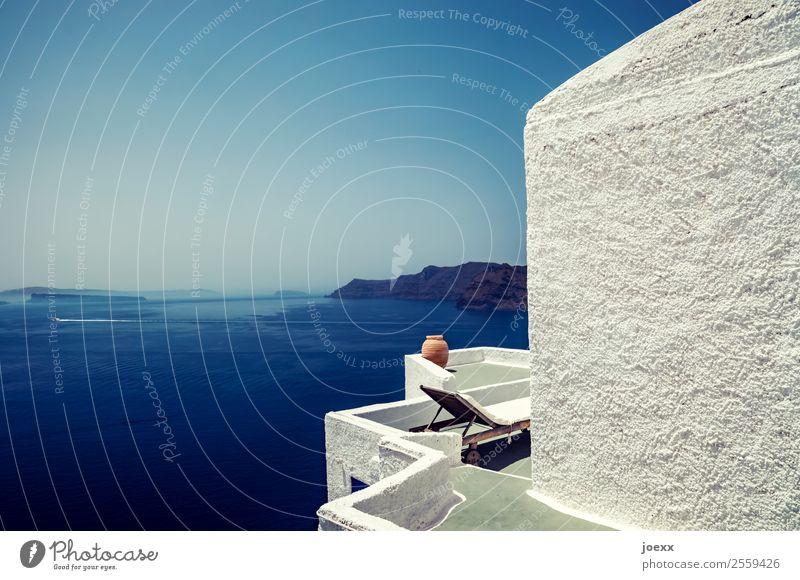 In der Ruhe Lifestyle Ferien & Urlaub & Reisen Ferne Sommerurlaub Meer Insel Häusliches Leben Wohnung Traumhaus Himmel Schönes Wetter Santorin Haus Mauer Wand