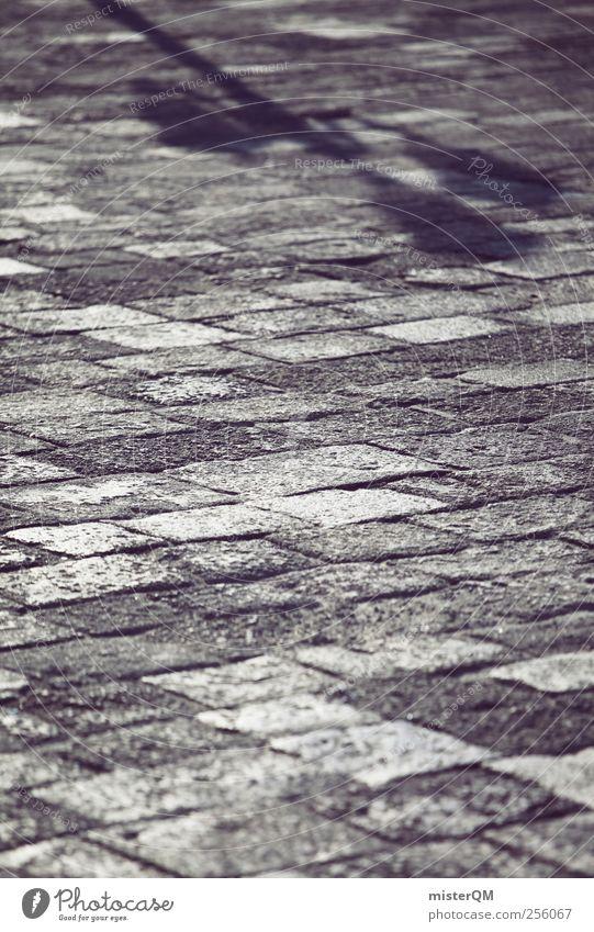 Pflasterschatten. Kunst ästhetisch Venedig Veneto Boden Pflastersteine Schattenspiel Schattendasein Gleichgültigkeit Perspektive bodennah Farbfoto