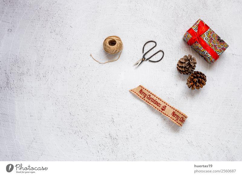 Weihnachtshintergrund mit Dekorationen Winter Schnee Dekoration & Verzierung Schreibtisch Weihnachten & Advent Silvester u. Neujahr PDA Baum Paket Fröhlichkeit