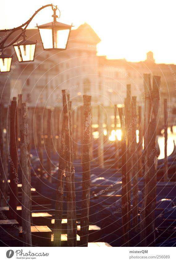 Morgengold. Kunst ästhetisch Venedig Veneto Gondel (Boot) Hafenstadt orange blau Lampe Laterne Steg Anlegestelle Meer Barock Idylle Grossstadtromantik
