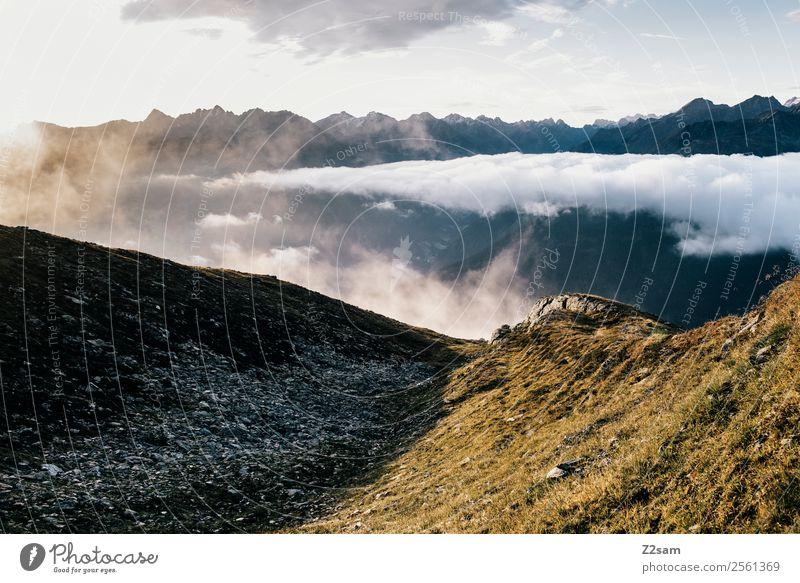 Sonnenaufgang   Alpen   Gipfel Himmel Natur Farbe Landschaft Erholung Wolken Einsamkeit Berge u. Gebirge Wärme natürlich Freiheit Freizeit & Hobby wandern