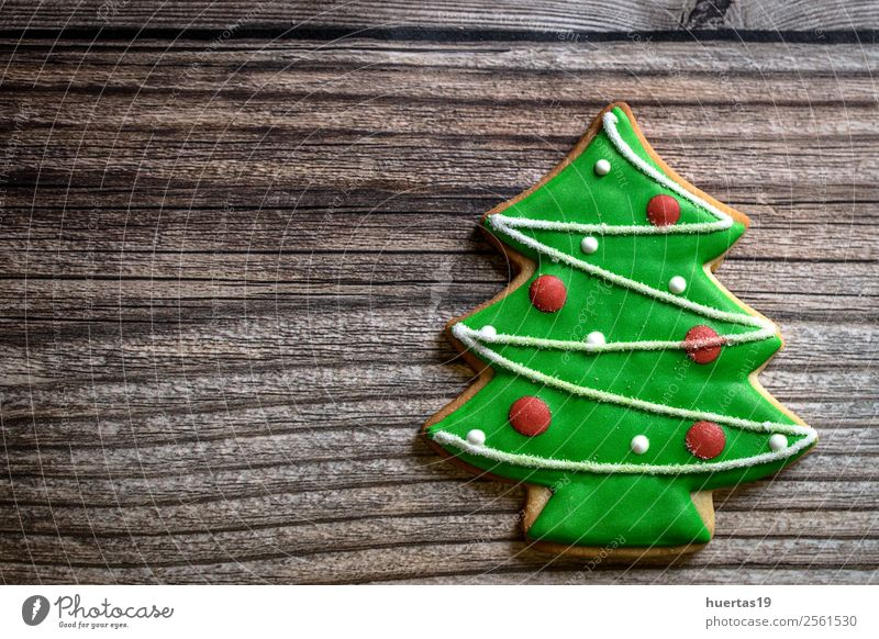 Weihnachtsgebäck auf Holztisch. Lebensmittel Kuchen Dessert Süßwaren Ferien & Urlaub & Reisen Dekoration & Verzierung Feste & Feiern Weihnachten & Advent