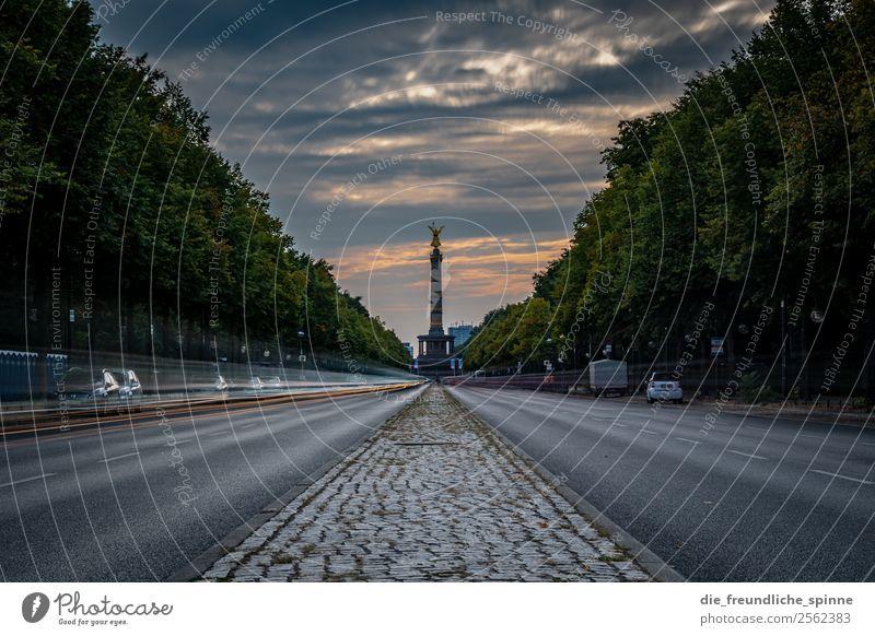 Langzeitbelichtung auf der Straße des 17. Juni Himmel Sommer Stadt Baum Wolken Gefühle Bewegung Berlin Deutschland orange grau Wetter Europa Sehenswürdigkeit