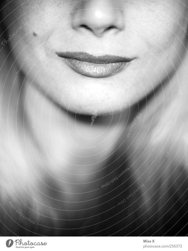 Apfelbäckchen Mensch feminin Junge Frau Jugendliche Mund Lippen 18-30 Jahre Erwachsene Lächeln schön selbstbewußt Optimismus Ehrlichkeit authentisch