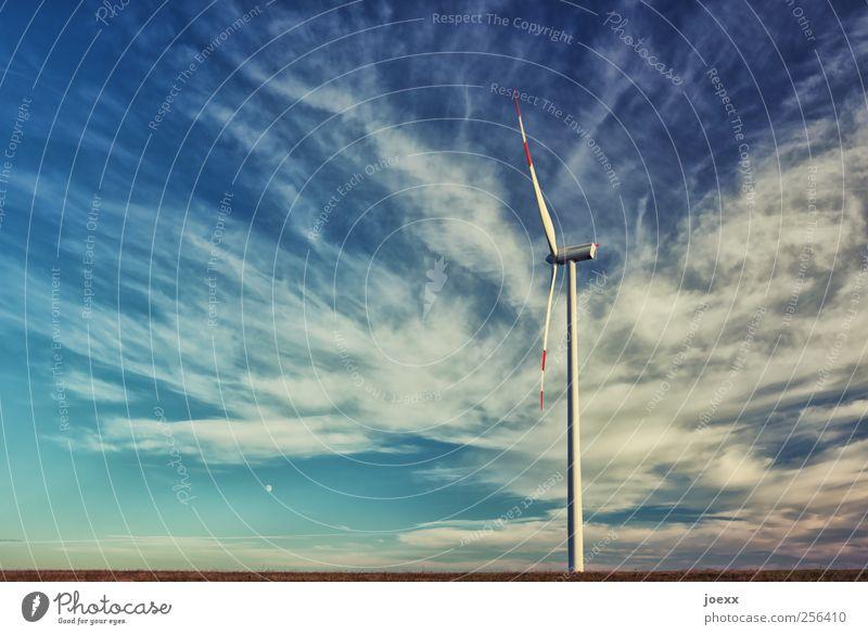 Stillstand Himmel blau weiß Wolken Horizont Energie groß Zukunft Schönes Wetter Windkraftanlage drehen Umweltschutz Rotor Erneuerbare Energie