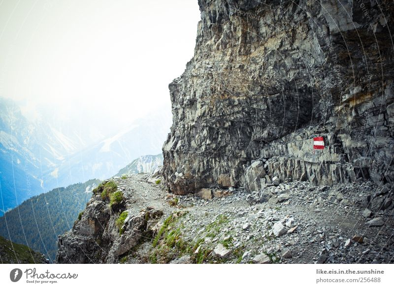 alle kinder bremsen vor der schlucht... Natur Ferien & Urlaub & Reisen Wolken Ferne Erholung Umwelt Landschaft Berge u. Gebirge Freiheit Wege & Pfade