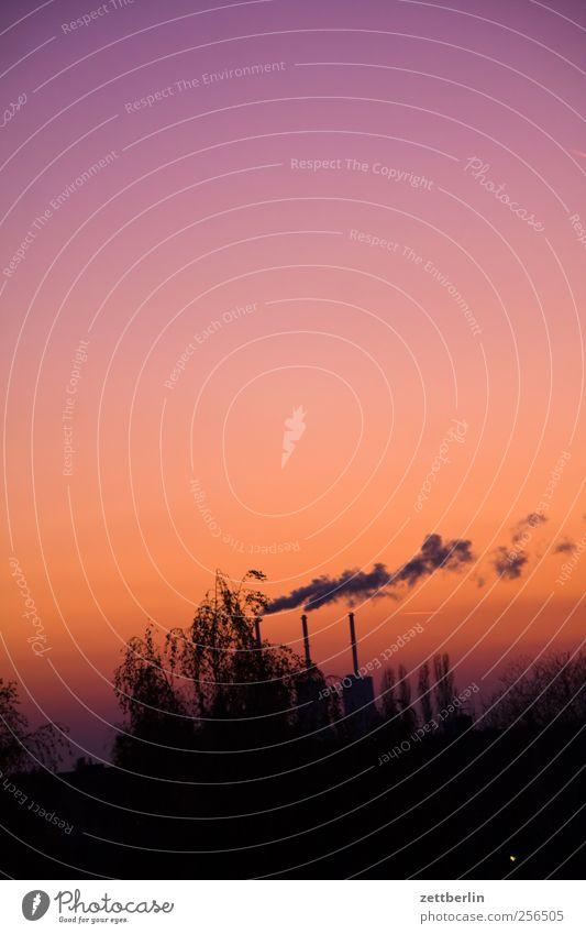 CO2 Industrie Energiewirtschaft Umwelt Natur Landschaft Himmel Wolkenloser Himmel Herbst Klima Klimawandel Wetter Schönes Wetter Aggression wallroth Schornstein