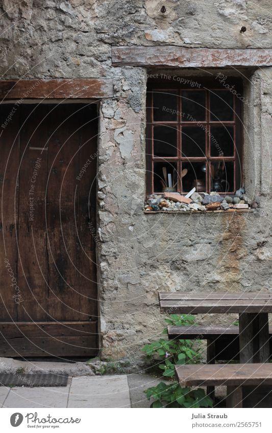 Stein Haus Minimalistisch Gorges du Verdon Frankreich Provence Dorf Fenster Tür alt einzigartig braun grau Steinwand Farbfoto Außenaufnahme Tag