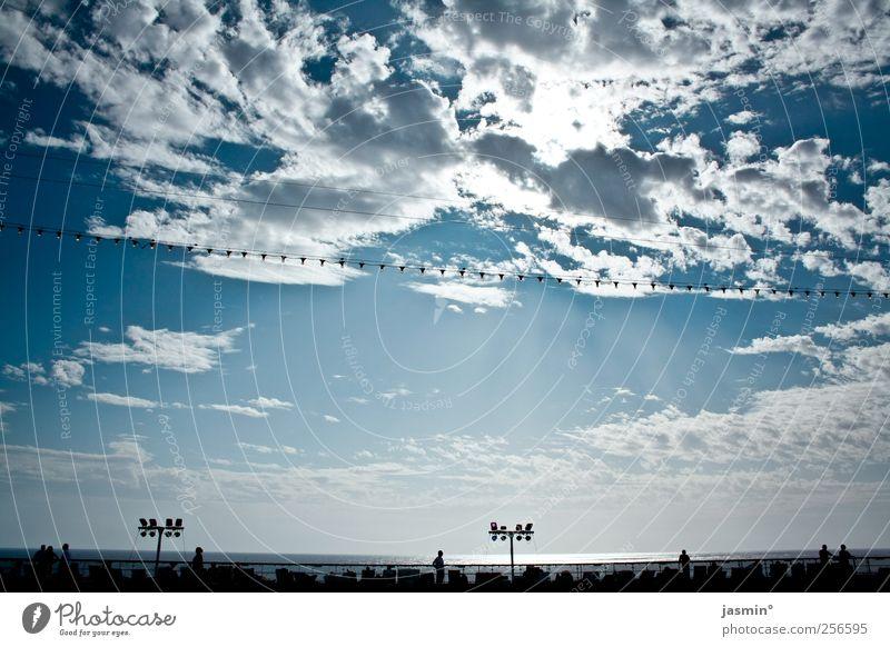 Hoch oben an Deck Himmel Wolken Horizont Wetter Schönes Wetter Meer fantastisch hoch Farbfoto Tag Schatten Kontrast Sonnenlicht Sonnenstrahlen