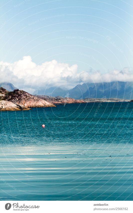 Lofoten Himmel Natur Ferien & Urlaub & Reisen Himmel (Jenseits) Wasser Landschaft Meer Wolken Reisefotografie Textfreiraum Felsen Horizont Europa Insel