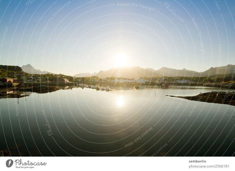 Kabelvåg kurz vor Mitternacht Polarmeer Europa Felsen Ferien & Urlaub & Reisen Fjord Hafen Himmel Himmel (Jenseits) Horizont Insel Landschaft maritim Meer Natur