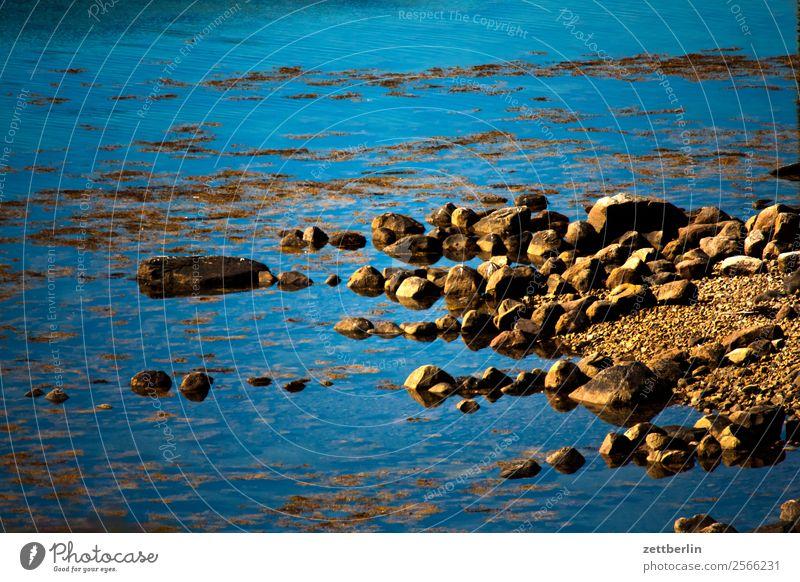 Geröll Himmel Natur Ferien & Urlaub & Reisen Himmel (Jenseits) Wasser Landschaft Meer Reisefotografie Textfreiraum Stein Felsen Europa Insel Wasseroberfläche
